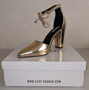 Cape Robbin Beautiful Block Heel